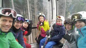 Gemeinsames Skifahren...